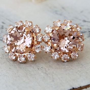 Rose gold Blush Pink crystal stud earrings, Bridal earrings, Bridesmaids gifts, Pink Swarovski stud earrings, Wedding jewelry, Halo studs