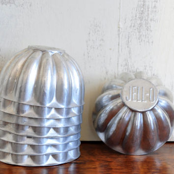 Vintage Jell-O Brand Molds, Set of Eight, Aluminum Baking Cups, Mini Cake Pans, Vintage Baking Supplies