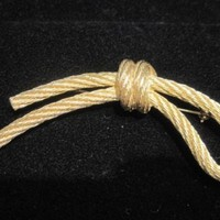 Stunning  Christian Dior Couture knot Rope brooch Pin gold plated