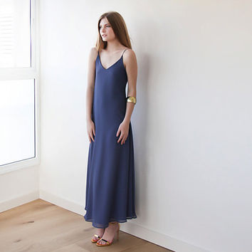 Flowing chiffon maxi blue dress, with open back 50% OFF