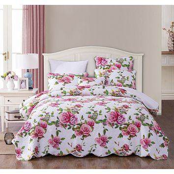DaDa Bedding Romantic Roses Quilted Scalloped Bedspread Set, Lovely Spring Pink Floral (JHW879)