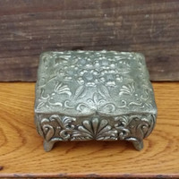 Vintage Ornate Silver Toned Flower Trinket Box With Red Velvet Lining