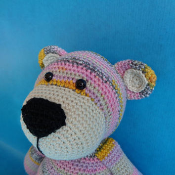 Bram beer, Stip en Haak inspired crochet bear.