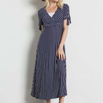 Meredith Nursing Friendly Midi Dress