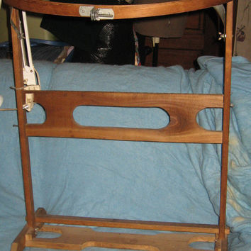 vintage wood Quilters Quilting Hoop  embroidery  and Floor Stand quilting plus Metal Portable Table Desk Lamp by Underwriters Laboratories