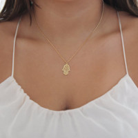 kabbalah necklace,hamsa necklace,gold filled necklace,simple necklace,everyday necklace,delicate necklace,charm necklace