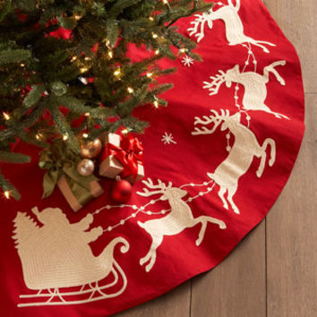 Gathered Traditions by Joe Spencer Santa & Sleigh Christmas Tree Skirt