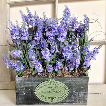 Mothers Day Lavender Table Decorations - Mothers Day Flowers - Wood Box Table Centerpieces - Summer Floral Arrangement - Home Floral Decor