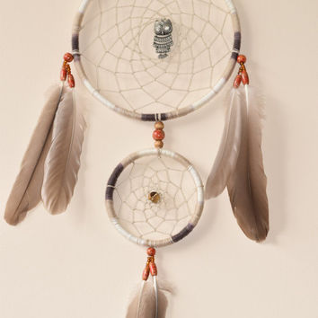 Large Dream catcher, Owl Dreamacatcher,  Native American Dream catcher, Wall hanging, Canadian goose Feathers.