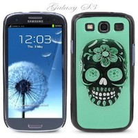 Black Snap-on S3 Phone Cover Case for Samsung Galaxy SIII Phone - GREEN SUGAR SKULL LOGO DESIGN. Height: 5.3 Inches X Width: 2.6 Inches X Thickness: 0.5 Inch.