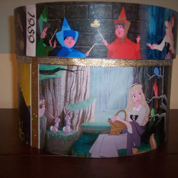 Sleeping Beauty XL Round Trinket box