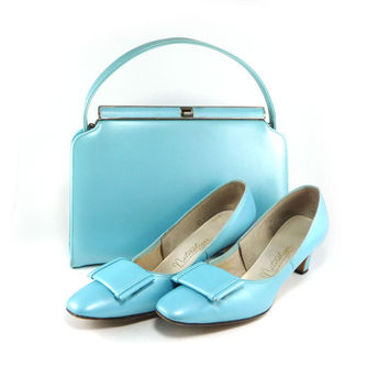 Powder blue Naturalizer shoes and matching handbag