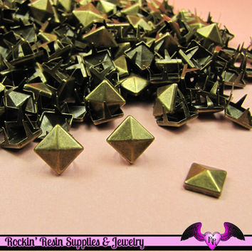 50pc 8mm ANTIQUE BRONZE Pyramid Studs / Steampunk Rivets