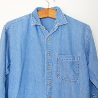 Vintage 1990s Old Navy Chambray Buttondown Shirt