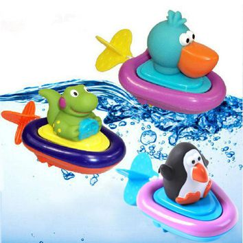 ICIK272 Baby Bath Swimming Toy Ducks/Penguin/Crocodile Clockwork Play Swimming Toy for Kid Educational Toys Infant Cute Animal Bath Toy