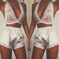2017 Summer Sexy Women Bra & Brief Sets Lace Underwear V Neck Seamless Wireless Intimates Hollow Out Lingerie Bralette Plus Size