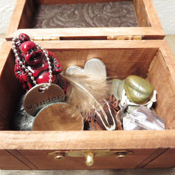 Meditation Kit / Buddha In A Box / Meditation Tool / Altar Box / Zen Meditation / Boho Box / Bohemian Decor / Buddha / Meditation