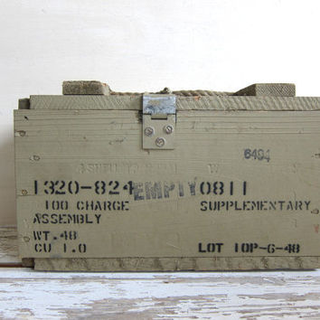 Vintage Wooden Dynamite Ammo Box Crate // perfect for flower box // High Explosives
