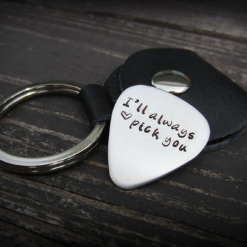 Personalized Guitar Pick Keychain-Hand Stamped Custom Guitar Pick-Groomsmen Gift-Father's Day Gift-Gift for Him