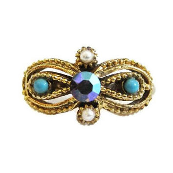 1960's Aurora Borealis Rhinestone And Pearl Cocktail Ring In Gold Tone, Adjustable