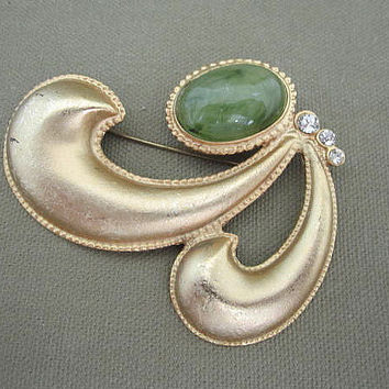 Large Metal Green Cabochon Vintage Brooch Signed Pisces