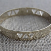 Geo Triangle Cutout Bangle Bracelet-Gold