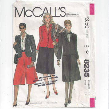 McCall's 8235 Pattern for Misses' Jacket, Skirt, & Culottes, Size 22. From 1982, Vintage Pattern, Home Sewing, Lined Jacket, 6 Gore Skirt
