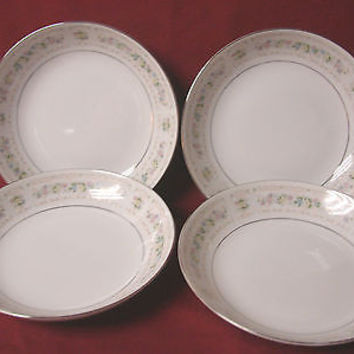 Fine China of Japan, Dinnerware Carleton pattern #6215 set 4 soup bowl(s)
