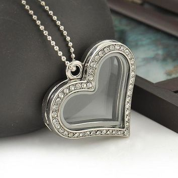 ICIKHY9 Fashion Heart Magnetic Glass Floating Locket Memory Necklaces & Pendants Charm Chain Necklace Jewelry Accessories Free Shipping