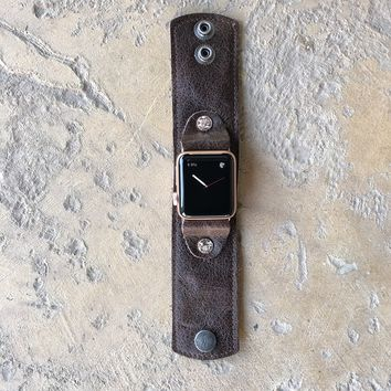 Medium DeLux Leather Apple Watch Cuff in Bomber