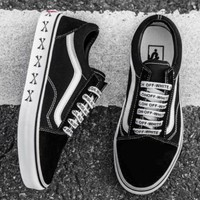 OFF-WHITE WTAPS VANS Oldskool Black and white casual shoes