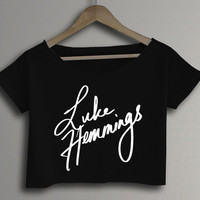 Luke Hemmings 5SOS SOS Five Seconds Of Summer Logo Printed Crop Top Crop Tee Black and White Women Tee Shirt - DA2
