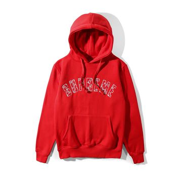 Supreme autumn and winter tide brand men and women embroidered letters hooded wild hooded sweater red
