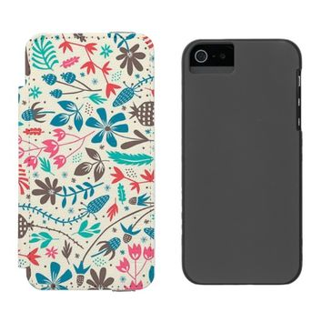 Retro Floral Pattern Incipio Watson™ iPhone 5 Wallet Case