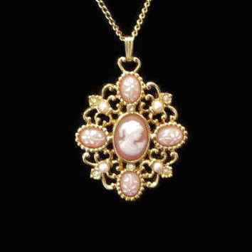 Avon Romantic Poet Cameo Pendant Necklace, Peach And White In Gold Tone