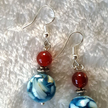 Fire Agate/Blue & White Resin Shell Bead Drop
