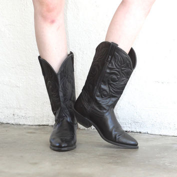 Vintage LEATHER WESTERN Black Cowboy Mid Calf Boot // Embroidered // Bohemian Gypsy Hippie Biker // Women's US 8 / 8.5