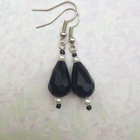 Black Faceted Teardrop Briolette Dangle Earrings
