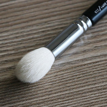 Original quality zoeva brush 105/luxe highlight blush nice tapered makeup brush free shipping