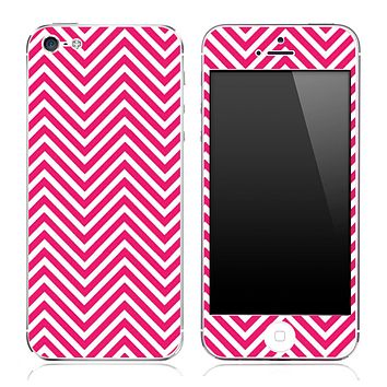 Pink And White Chevron Pattern Skin for the iPhone 3, 4/4s or 5