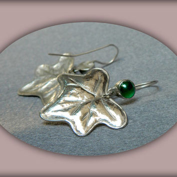 Ivy Leaves handmade sterling silver earrings with green agates inspired by Nature