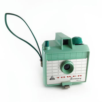 Tower Snappy Mint Green Vintage 620 Box Camera, Made in the USA