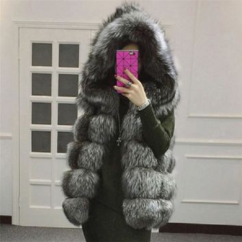 Women's fur vest hooded jacket 2017 new winter thick wig fox fur vest high imitation fur coat