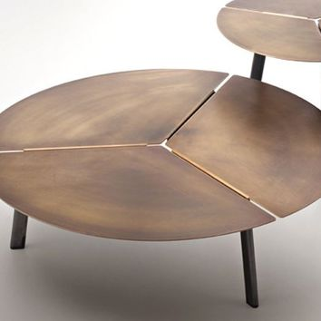 Low round metal coffee table placas by DE CASTELLI | design LucidiPevere