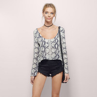 Snake Print Scoop Neck Chiffon Long Sleeves Crop Top