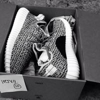 """Adidas"" Yeezy Women Men Grey Trending Fashion Casual Women Yeezy Boost Sneakers Running Sports Shoes"