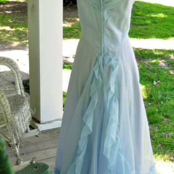 1976 Vintage Lavender Blue Bridesmaid Size XS Made in the USA DeadStock