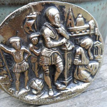 Vintage Oval Belt Buckle/ Gold Tone with Renaissance Figures