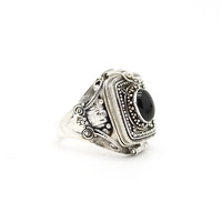 Heirloom. Antique Silver Onyx Box Ring