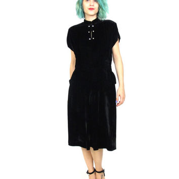 40s Black Velvet Dress Rhinestone High Neck Short Sleeve Dress Evening Party Dress with Pockets Retro Pinup Cut Out Cocktail Dress (M)